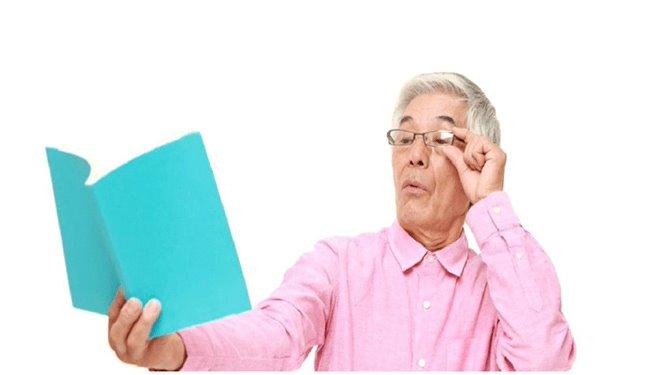 Lão thị là gì? Nguyên nhân, triệu chứng và cách điều trị